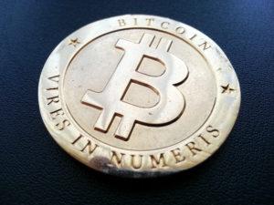 bitcoin felezés utáni árfolyam