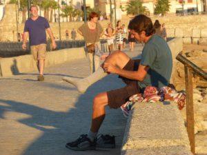 Dogecoin zokni hajléktalanoknak