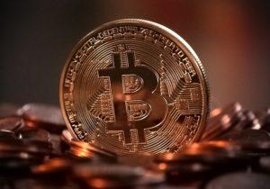 A bitcoin elindulásakor fektetett be