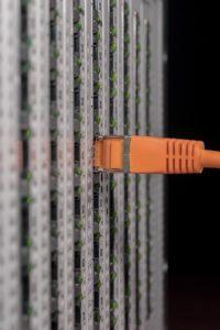 Rosszindulatú hekker támadás érte a Windows szervereket