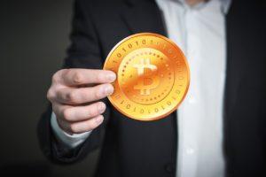 Egyre népszerűbb a bitcoin a hétköznapokban