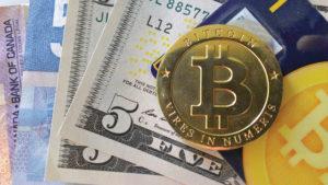 PayPal vs Bitcoin Bitcoin lehet a világ pénz a PayPal helyett