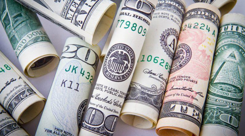 Készpénz mindenek felett