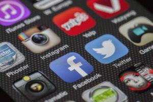 A Facebook mellet az Instagram is érintett