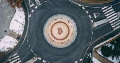 Bitcoin szobor Szlovéniában