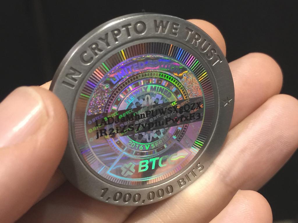 kereskedelmi háborús bitcoin