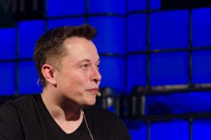 Elon Musk felrobbantotta a Twittert