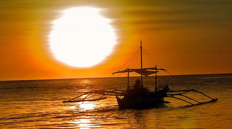 bitcoin csalót fogtak a Fülöő-szigeteken