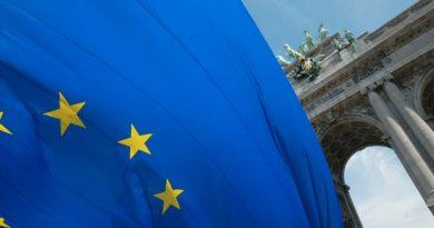 Az EU értékpapír-piaci hatósága 1.1 millió eurót különített el a kriptovaluták és a fintech ellenőrzésére | 400 millió eurót szán az Unió blokkláncra és mesterséges intelligenciára