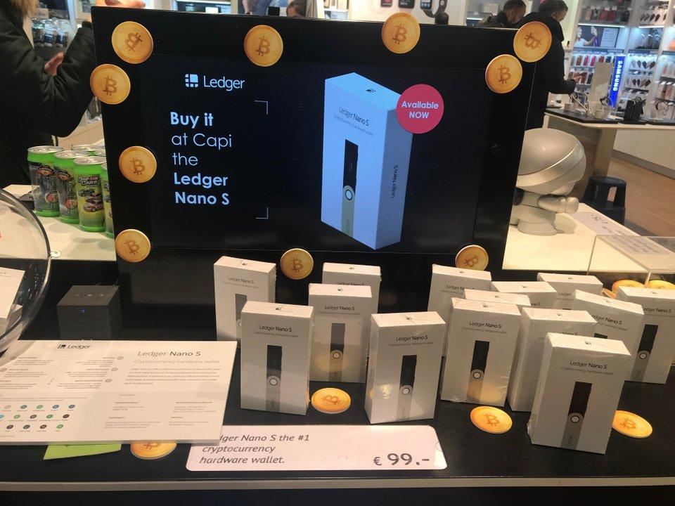 Ott az ár még 99 euróba kerül miközben a Ledger épp most indított új akciót 20% kedvezményt adva a Ledger Nano S hardver wallet után.