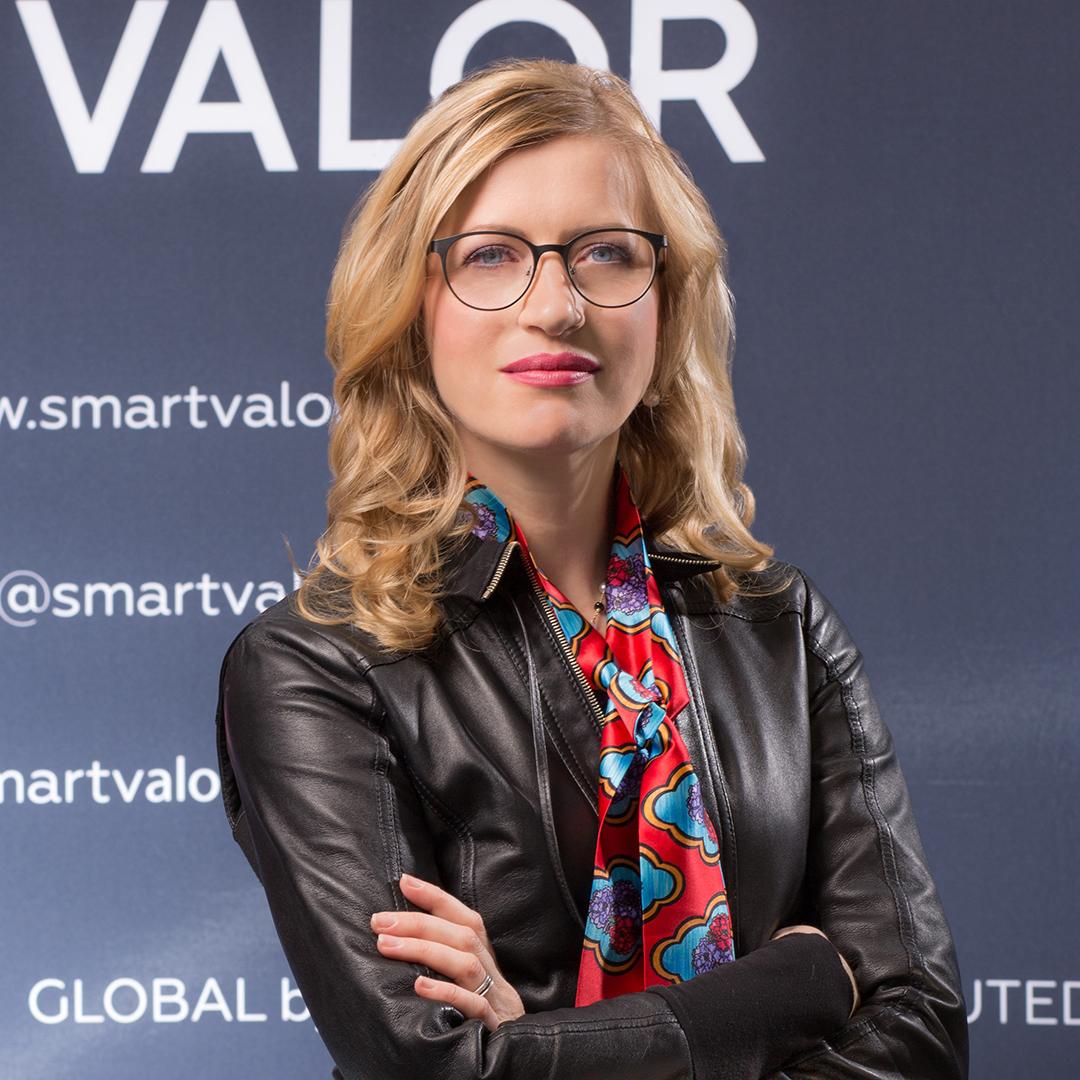 Olga Feldmeier Smart Valor