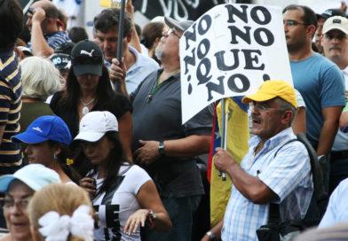 Venezuela szintet lépett a petró-átveréssel: már a nyugdíjakat is petróban utalják