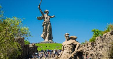 Az oroszok dobhatják a dollárt, jöhet a bitcoin tartalék