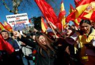 A spanyol BBVA bank 5000 számlát fagyasztott be figyelmeztetés nélkül, most rasszizmussal vádolják