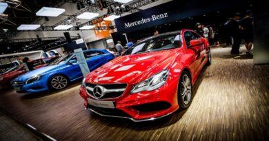 Blokkláncot tesztel a Mercedes-Benz a beszállói láncának átláthatóvá tételéhez