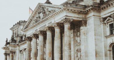 Németország is nyit jövő technológiájára: a CDU - CSU koalíció blokkláncosítaná a közszolgáltatásokat | Központi nyilvántartásba vennék Németországban a kriptovállalkozásokat