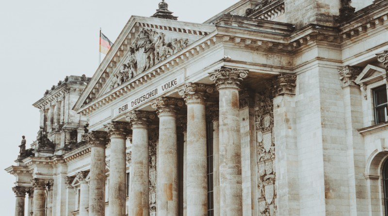 Központi nyilvántartásba vennék Németországban a kriptovállalkozásokat