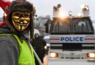 Bankot gyújtottak fel a francia tüntetők a fővárosban