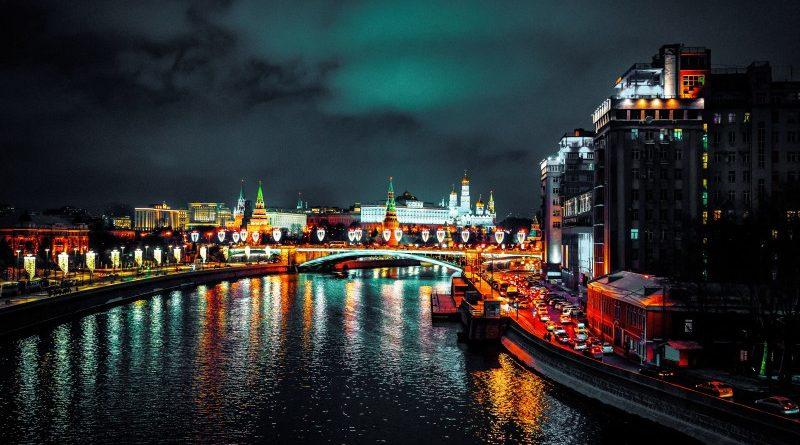 Orosz parlamenti képviselő a kriptók tönkrevághatják a kormányokat