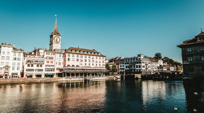 Saját token kibocsátást tervezi a SIX svájci értéktőzsde | Képen: Zürich