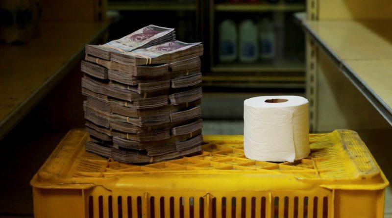 Kiviszi a számlálót a hiperinfláció Venezuelában, új bankjegyeket bocsátanak ki