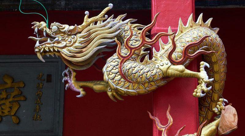 Rápörgött a kínai központi bank a digitális valutákra, sorra keresi a fejlesztőket | Érdekes információk derültek ki a kínai kriptopénz felhasználókról | Kínai sárkány - Már a 10 milliárd dollárt is túllépte a Tether iránti kereslet Kínában