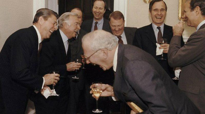 Justin Sun Tron alapító a kriptoszkeptikus Warren Buffettel randizik