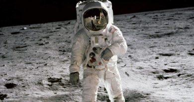 Holdra szállás 50. évfordulója