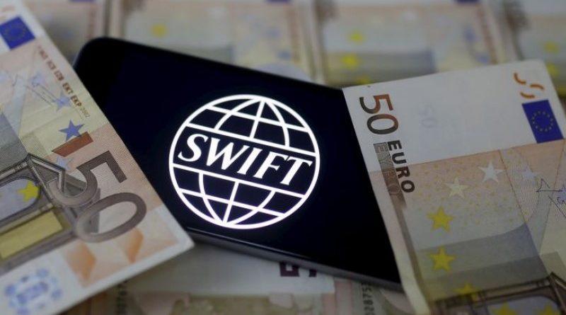 Gyorsít a SWIFT, köthetik a gatyájukat a gyors tranzakciót kínáló kriptók