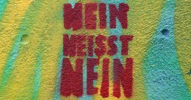 Bekeményít Németország: magáncégek nem bocsáthatnak ki pénzt