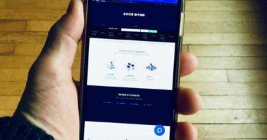 Érkezik az olcsó blockchain mobil, beépített kriptopénz-tárcával