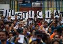 Venezuela nyomon követi a lakosokat