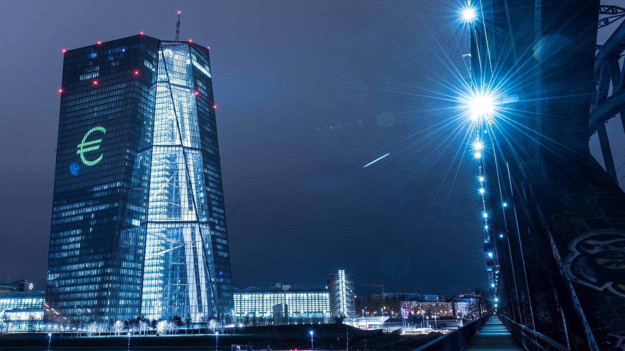 Az Európai Központi Bank egy újabb fegyvere: a duális kamatráták