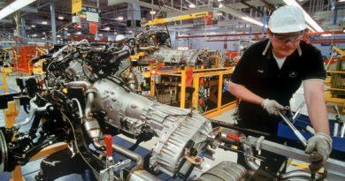 A következő 10 évben 400 000 munkahelyet veszíthet a német autóipar