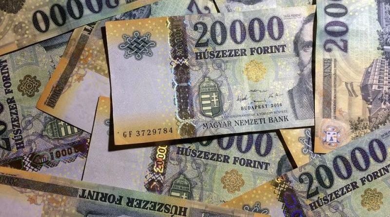 Kellene a B-terv: már a 340 forintot is megjárta az euró