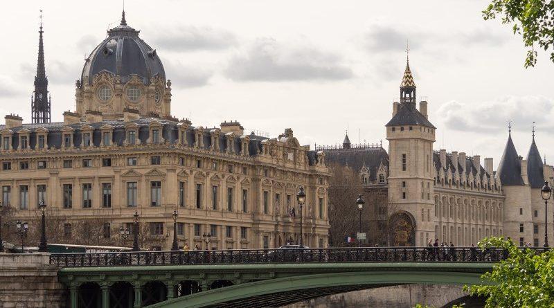 Francia bíróság pénzként ismerte el a bitcoint