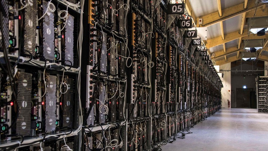 Nincs ok panaszra: 380 millió dollárt zsebeltek be a bányászok márciusban
