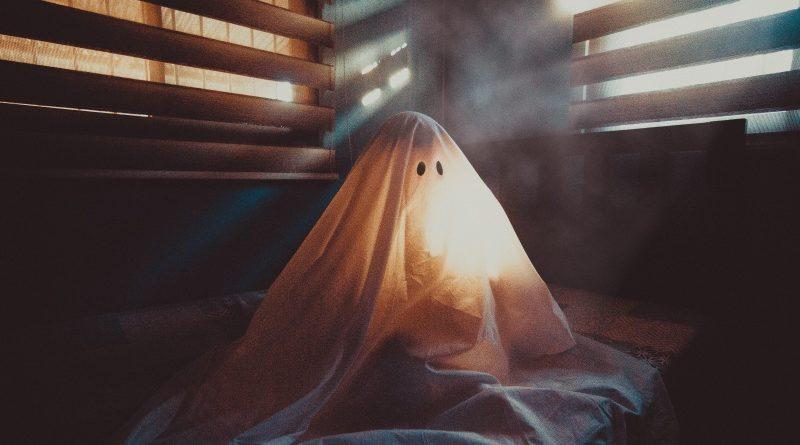 Eddig tartott John McAfee titkoscoin terve: otthagyta a Ghostot