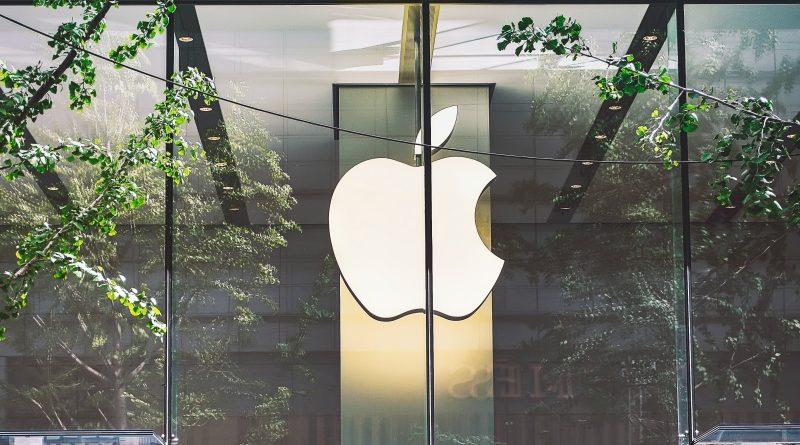 Az Apple nem kedveli a kriptókat, a Coinbase feje most ki is akadt rájuk Twitteren