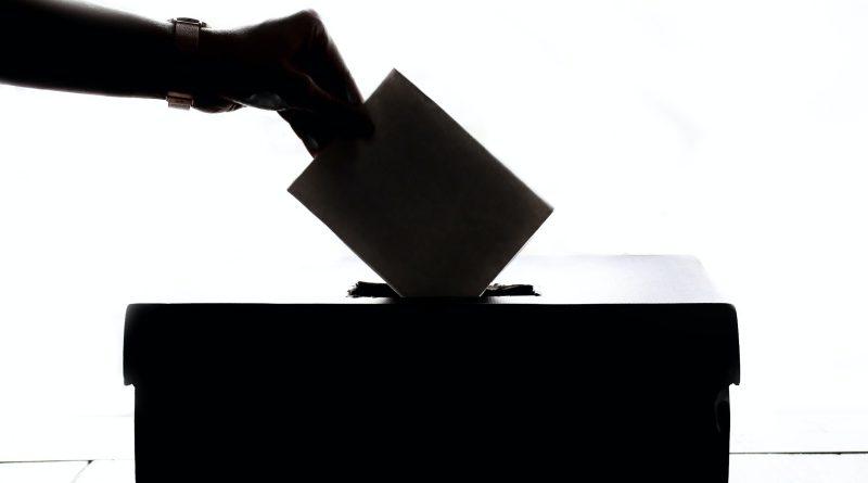Az oroszok minden kételkedő számára elérhetővé tették a szavazási rendszerük forráskódját