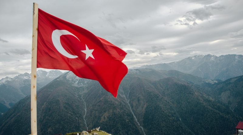 Tovább zuhan az új török líra, ennyit a nagyhatalom álmokról?