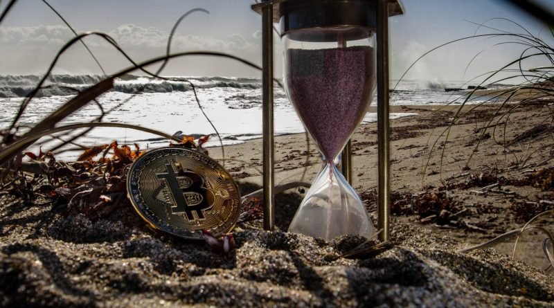 Bitcoin 100 évig