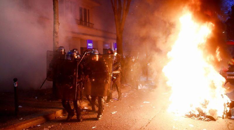 Párizs tüntetések