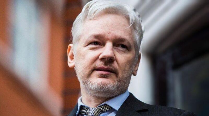 Új WikiLeaks csavar: Assange figyelmeztette az amerikai külügyminisztériumot a kiszivárogtatás előtt