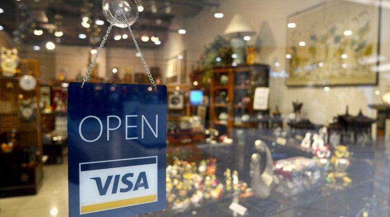 Bitcoin jutalmak a hitelkártya használat után? A Visa és a BlockFi startup pont ezen ügyködik