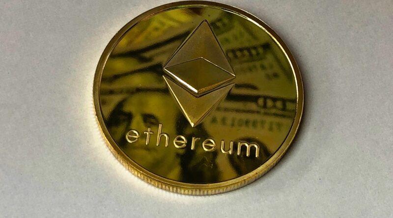 YouTuber invázió: KSI az ethereumról tweetelt, Logan Paul a bitcoinról beszélt podcastjában
